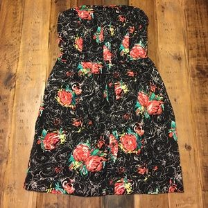 🌴F21 Floral Pocket Dress